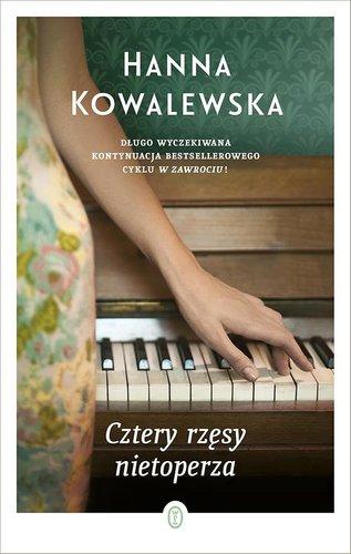 Cztery rzęsy nietoperza – Hanna Kowalewska